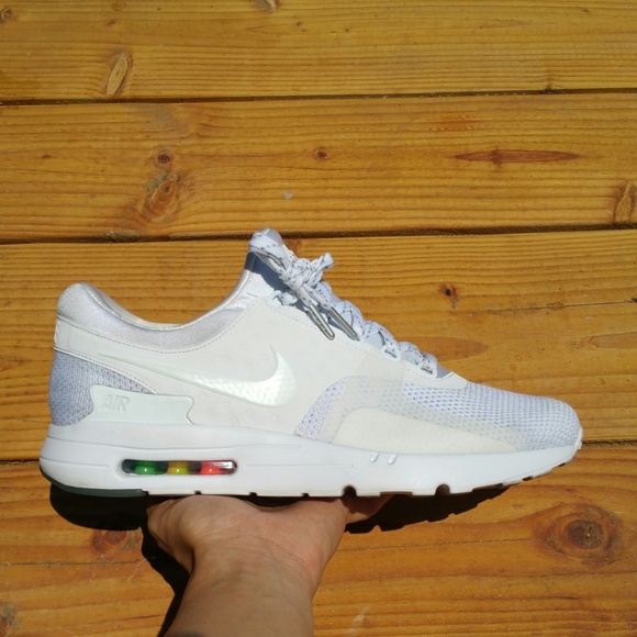 Nike Air Max Zero 0 Be True Edition Athletic Walk